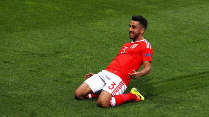 neil-taylor-wales-russia_3487726